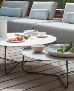 manutti mood contemporary coffee table