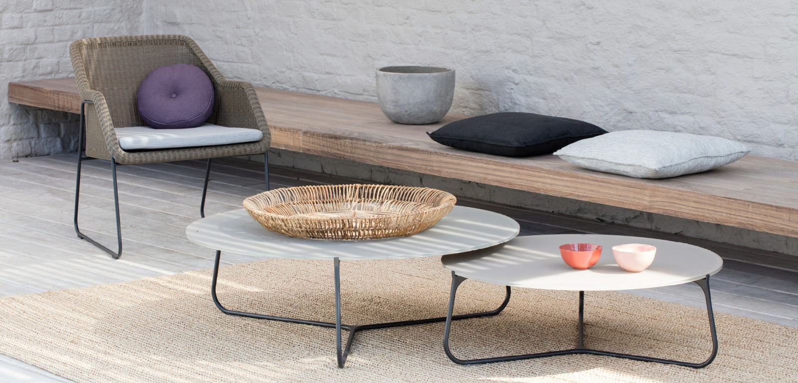 Manutti Mood Coffee Table Couture Outdoor
