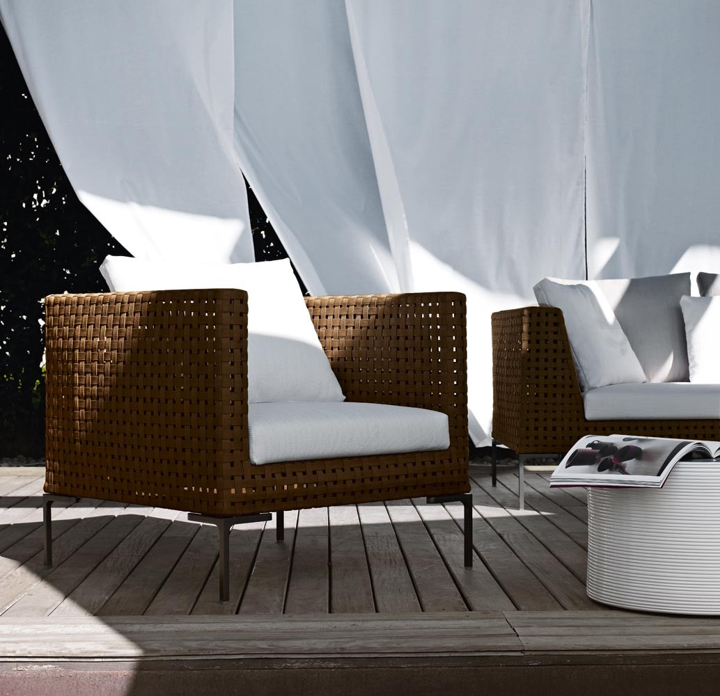b b italia charles club chair couture outdoor. Black Bedroom Furniture Sets. Home Design Ideas