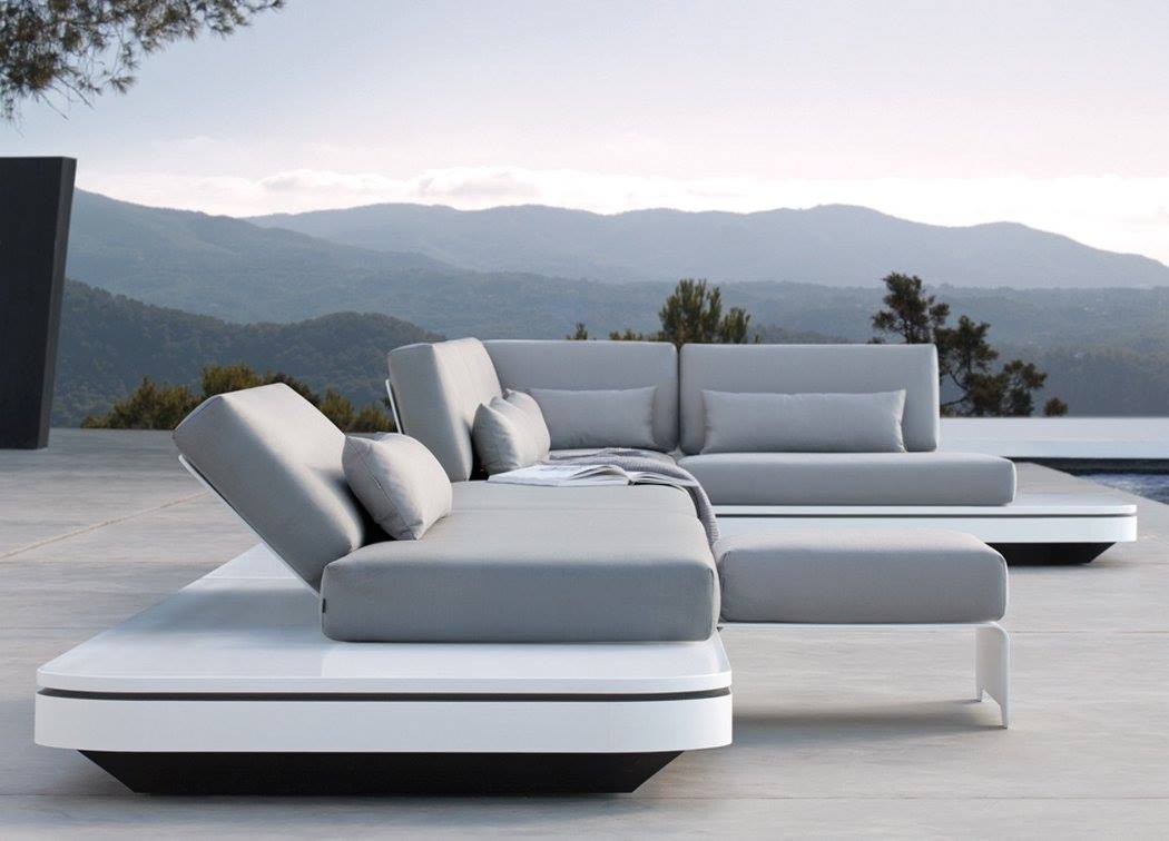 Manutti elements 3 seater sofa couture outdoor for Sofa modular exterior