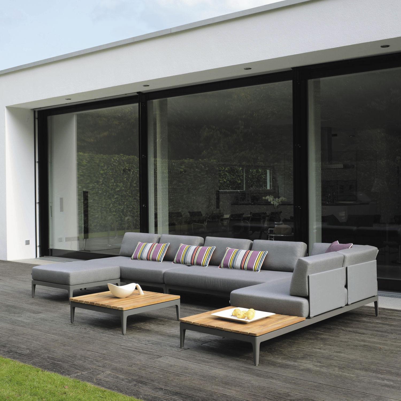Elements modular sofa couture outdoor for Sofa modular exterior