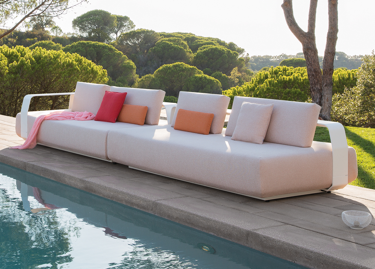Manutti Kumo Modern Sectional Sofa Couture Outdoor