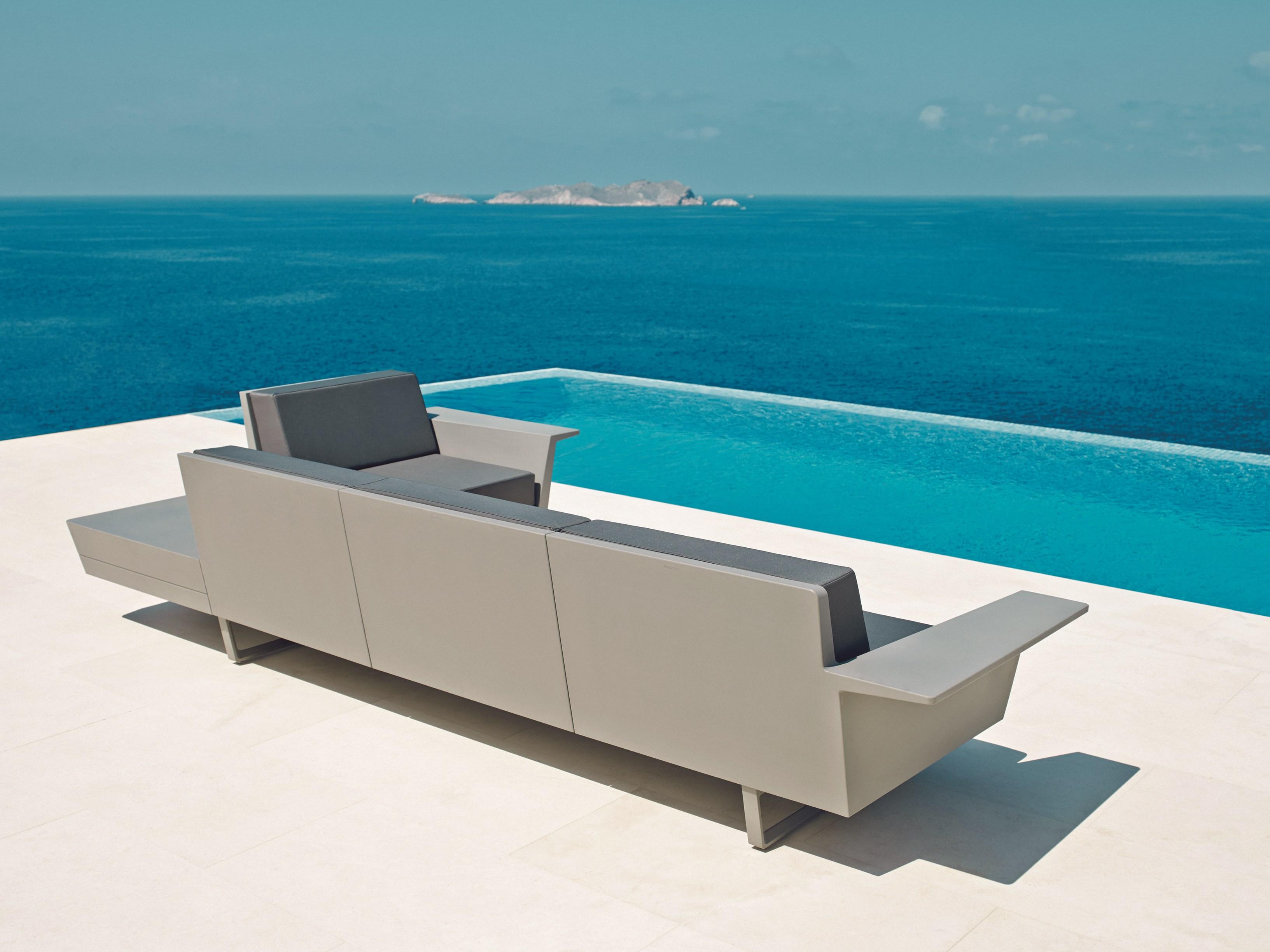 vondom flat modular sofa couture outdoor. Black Bedroom Furniture Sets. Home Design Ideas
