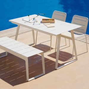 Minimalistic and modern, this durable dining table requires a minimum of cleaning and maintenance. Very easy to move around due to the low weight.