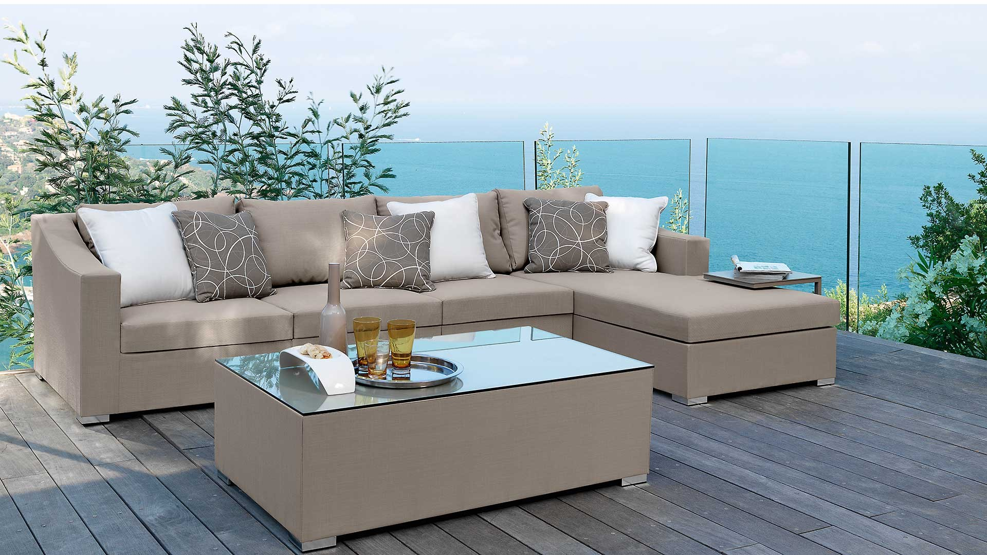 August sectional modular sofa stile couture outdoor for Sofas para terrazas