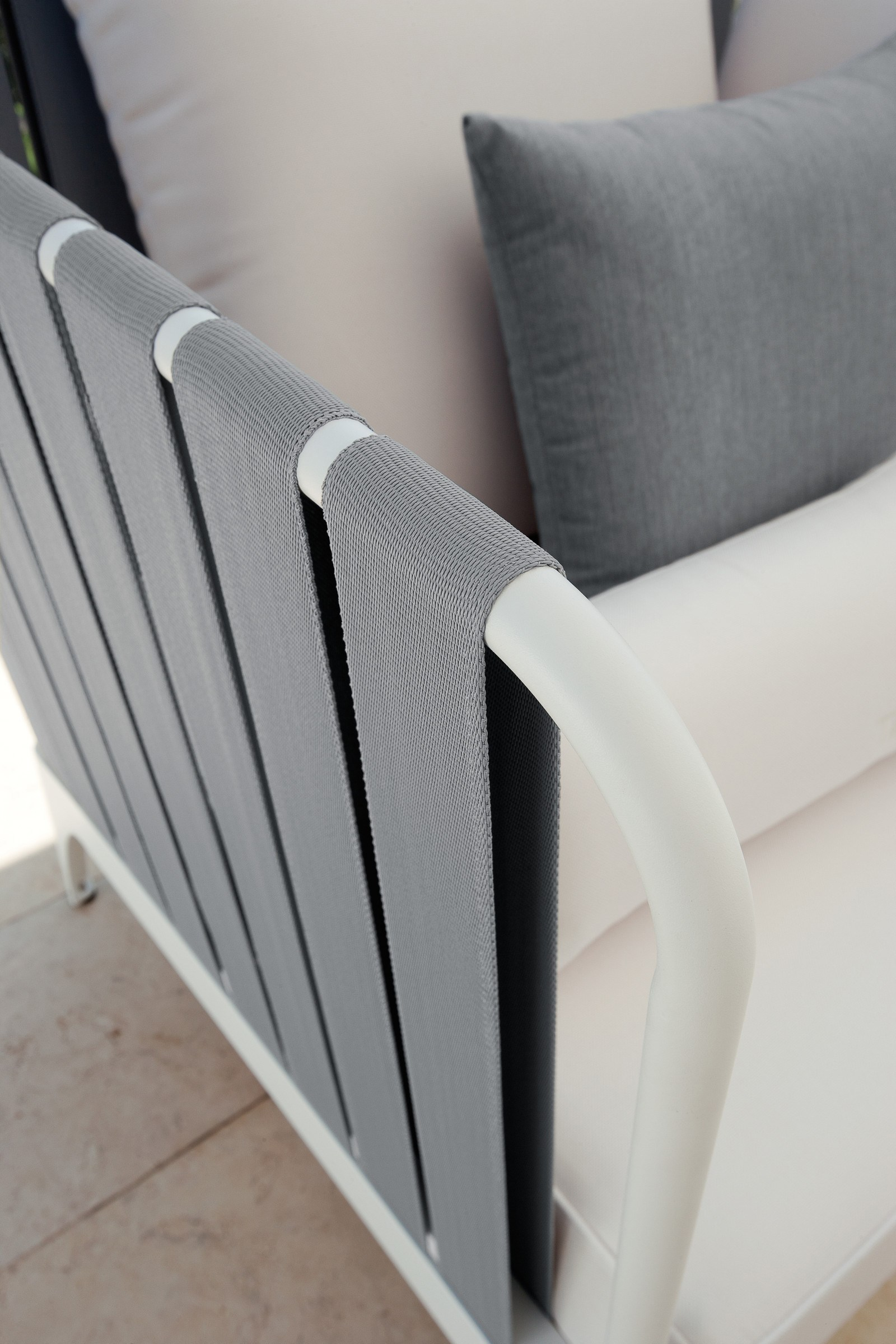 Janus Club Chair Couture Outdoor