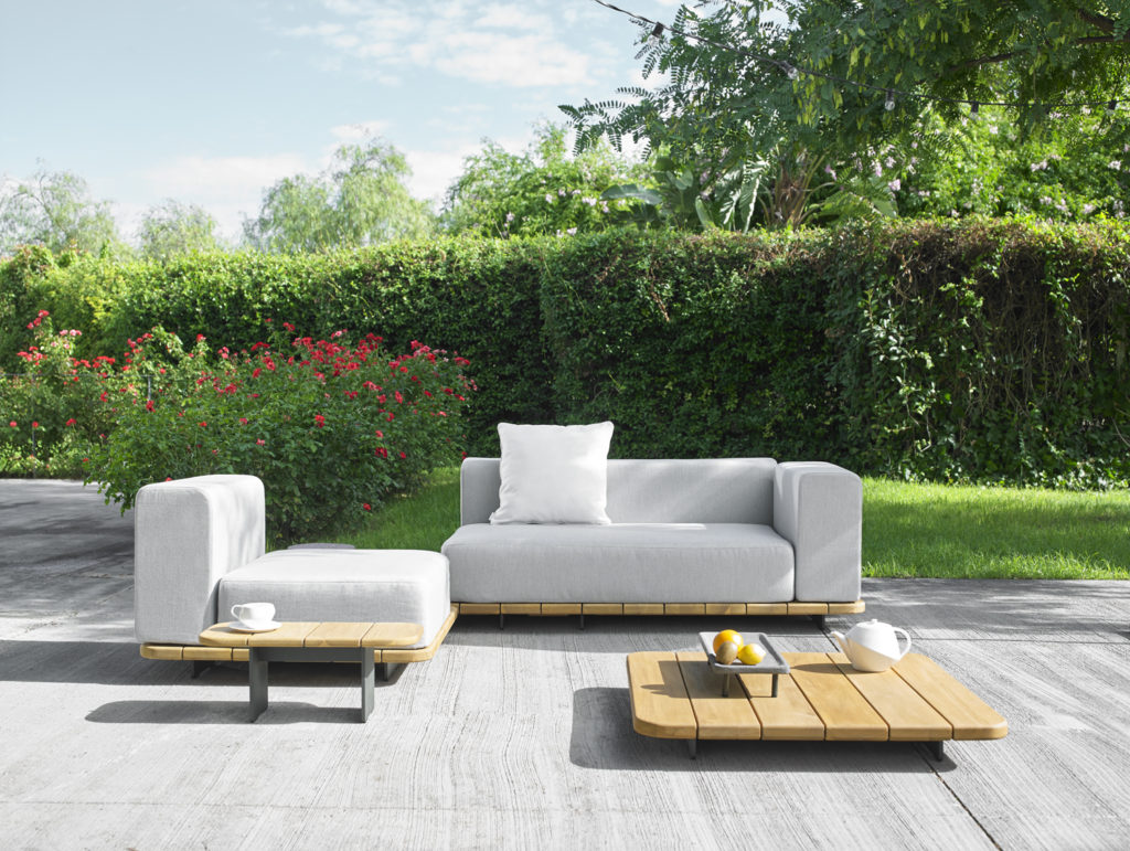 Palo teak sectional modular sofa couture outdoor for Sofa outdoor