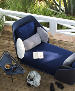 Alice high back chaise daybed blue