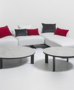 Smooth and alluring, this coffee and/or side table is embodiment of calm and sophistication.