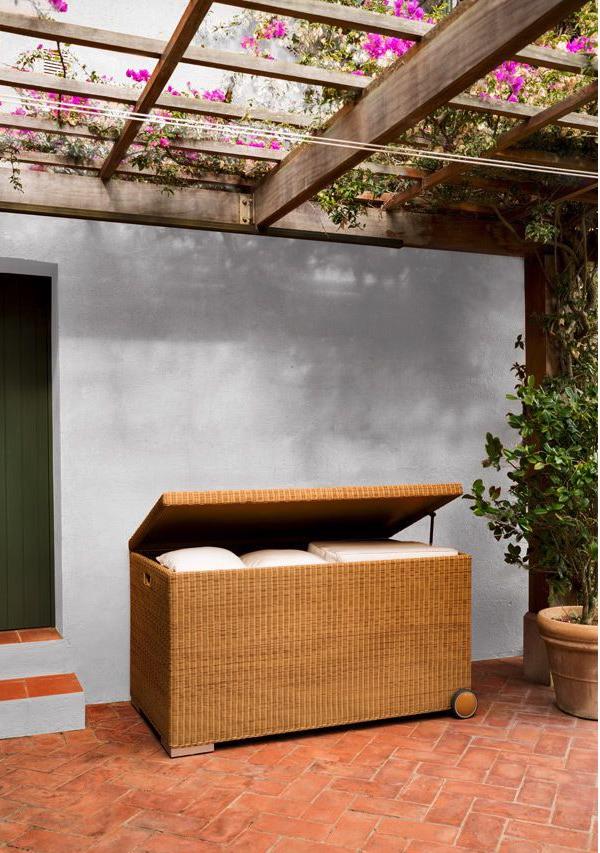 Zargos Sectional Sofa Couture Outdoor