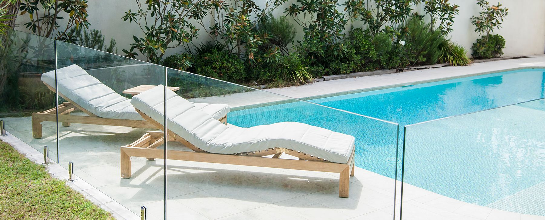 Asure chaise lounger stellar couture outdoor for Garden pool loungers