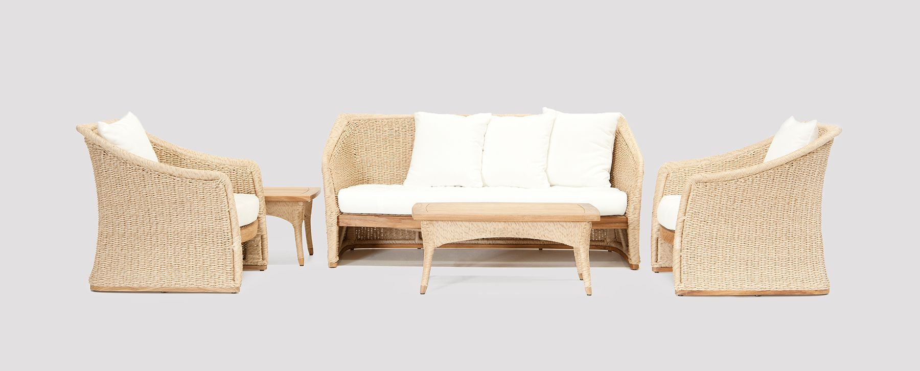 Elana 2 seater sofa couture outdoor for Outdoor furniture 2 seater