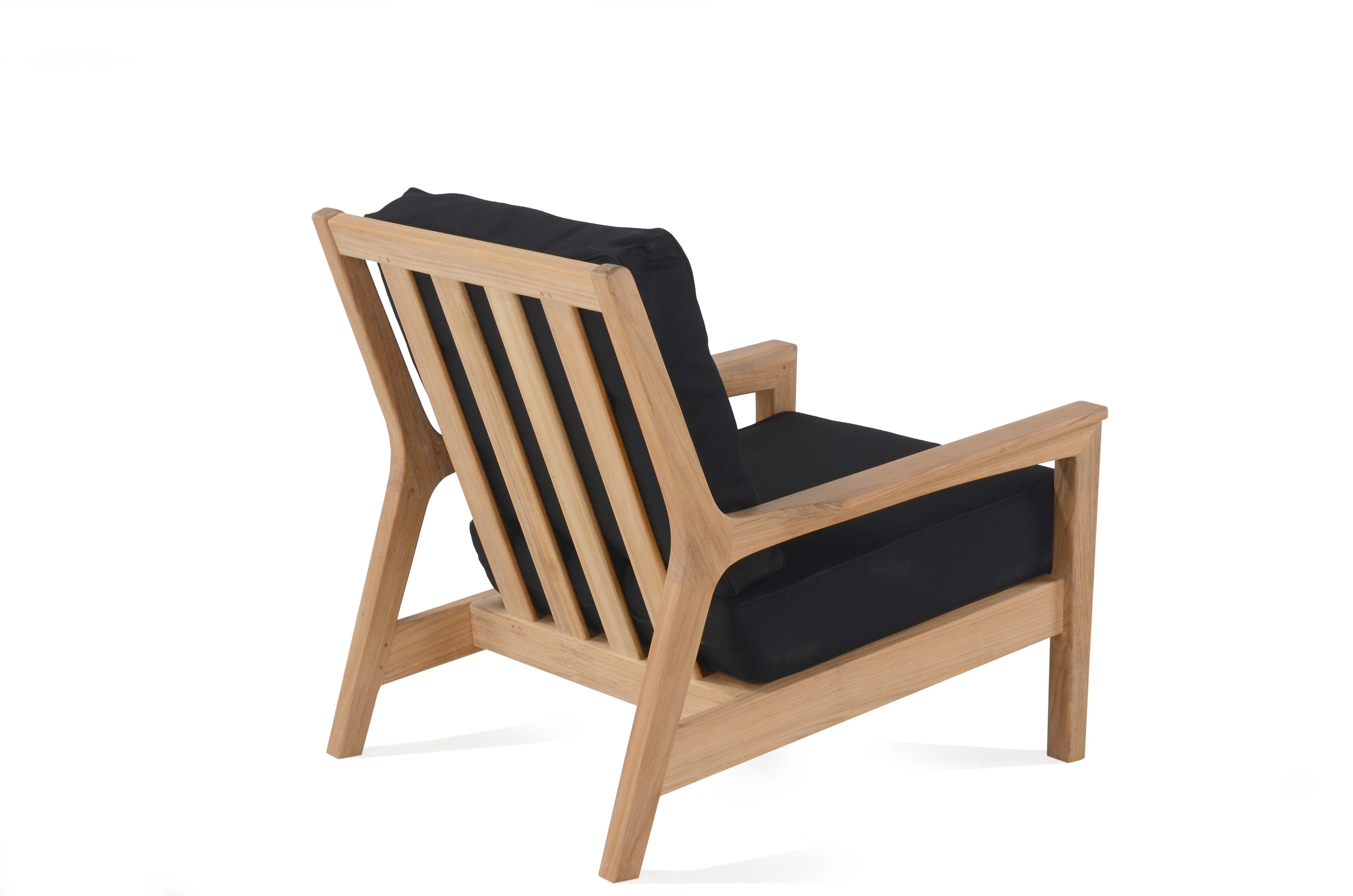 Eva club chair stellar couture outdoor for Contract outdoor furniture