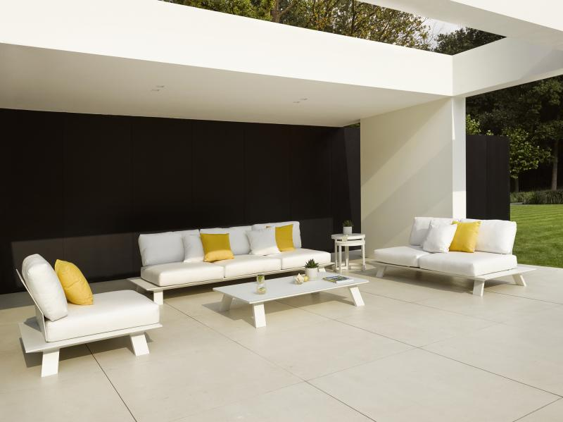 Dream Sofa White Modern Outdoor Sofa Lounge Area Hotel Restuarant Beach  Club House Miami Fl Hamptons