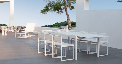 1100-1400a_Aura_modern_extendable_dining_table