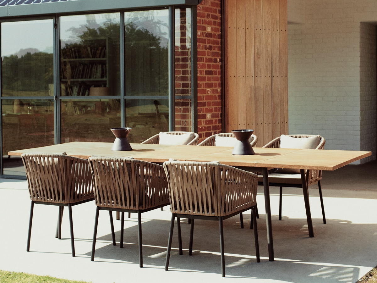 Kettal outdoor furniture Pavilion Couture Outdoor Contemporary Teak Aluminum Extendable Dining Table Contract Hotel