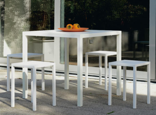 1200-1202b_Modern_Square_Bar_Table