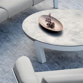 1400-1101b_Modern_Round_Luxuries_Low_Coffee_Table