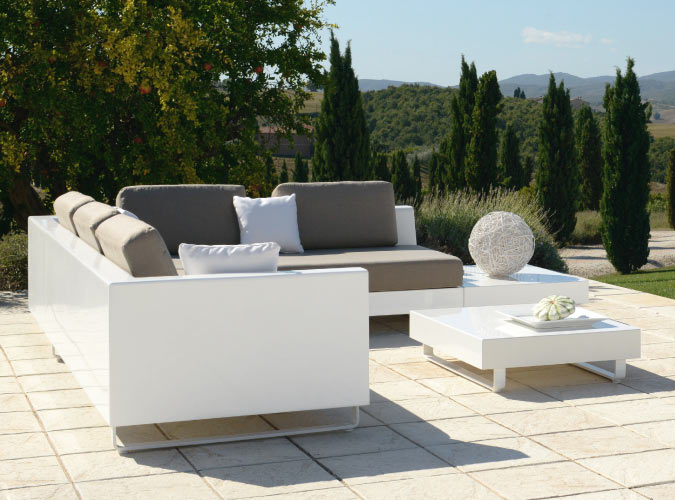 Allure Sectional Sofa Fiberglass By Rausch Couture Outdoor