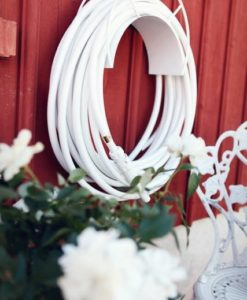 Color Garden Hose Half Moon Mount