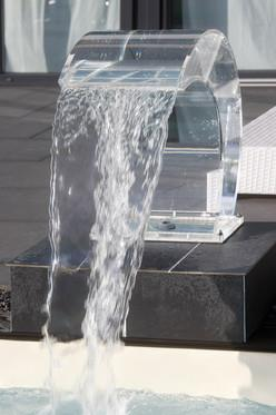 Acrylic Glass Pool Fountain With Led Features Couture Outdoor