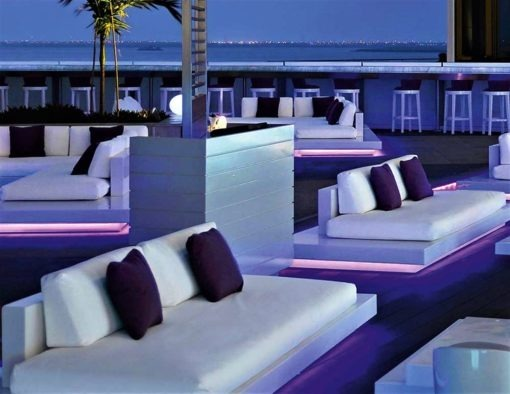 Air 2 Seater Platform sofa LED lights rausch classics international couture outdoor dubai hotel design white black fiberglass luxury designer contract luminate illuminate