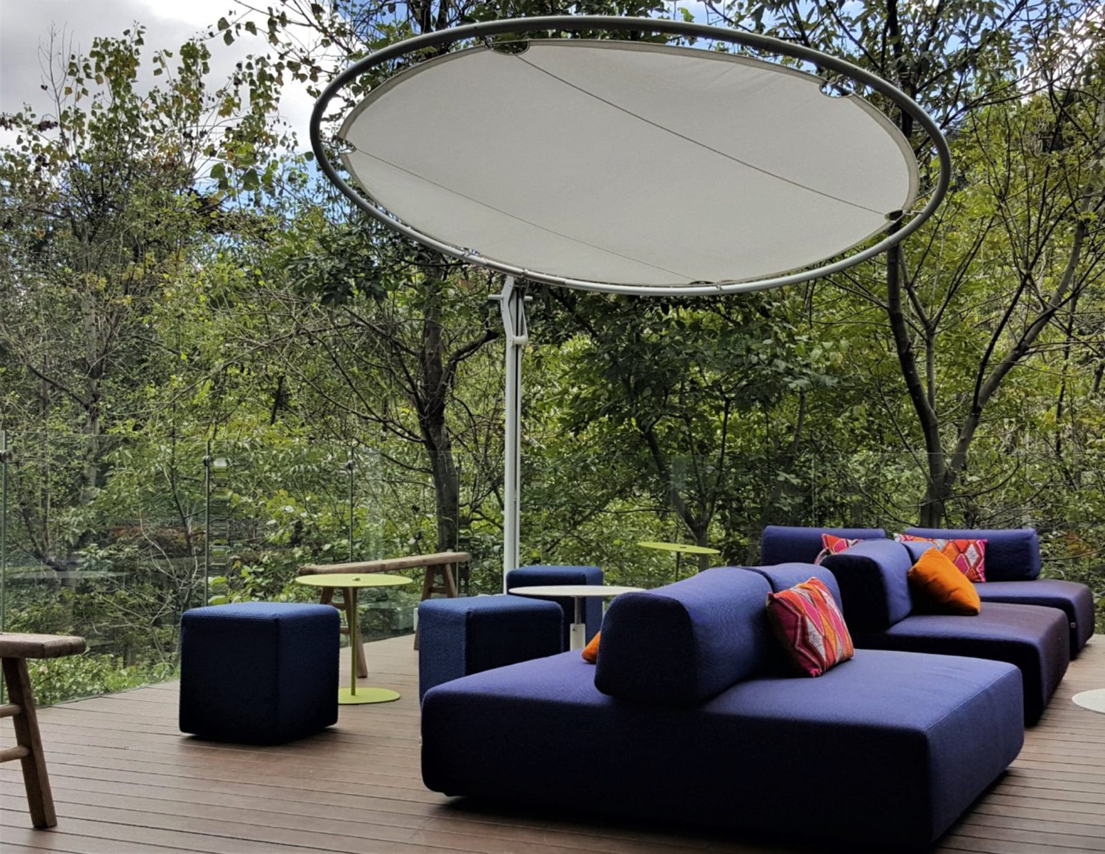 Round Celeste Cantilever 360 Rotation Adjustable Luxury ...