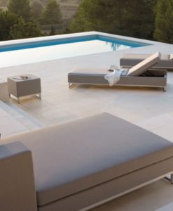 A design that brings out the best seating experience to cherish, both outside and inside. Manutti Zendo is the contemporary equivalent of meditation.