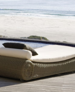 Modern Wicker Batyline W Wheels Chaise Lounger