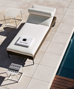 Contemporary Aluminum Rectangular Chaise Lounger