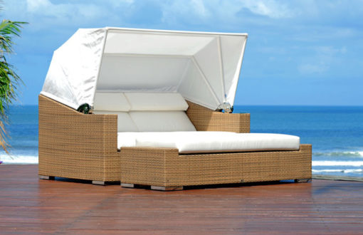 3600-2301a_Contemporary_Square_Daybed