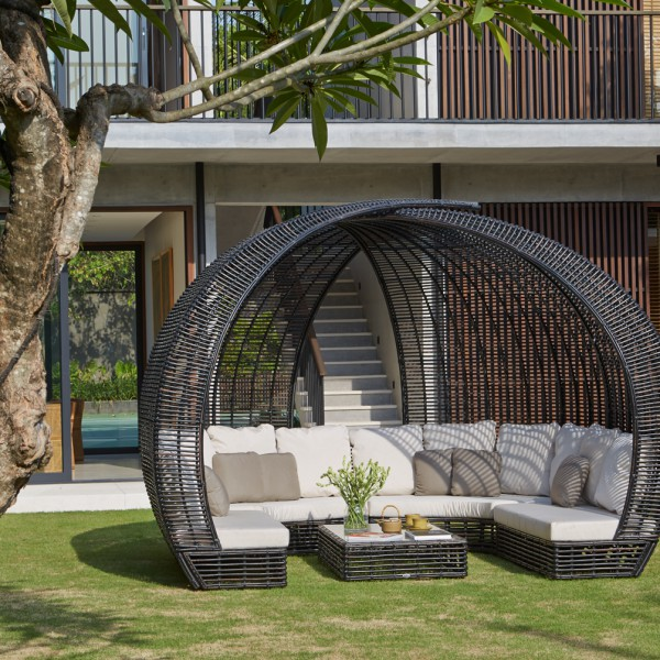 Sparta Lounge Sofa Couture Outdoor