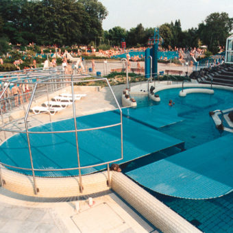 Commercial Automatic Pool Cover Water Park