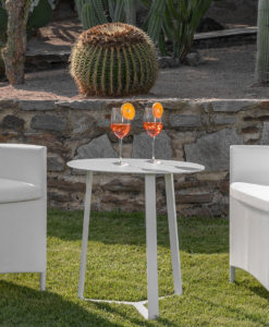Modern White Powder Coated Aluminun Outdoor Side Table