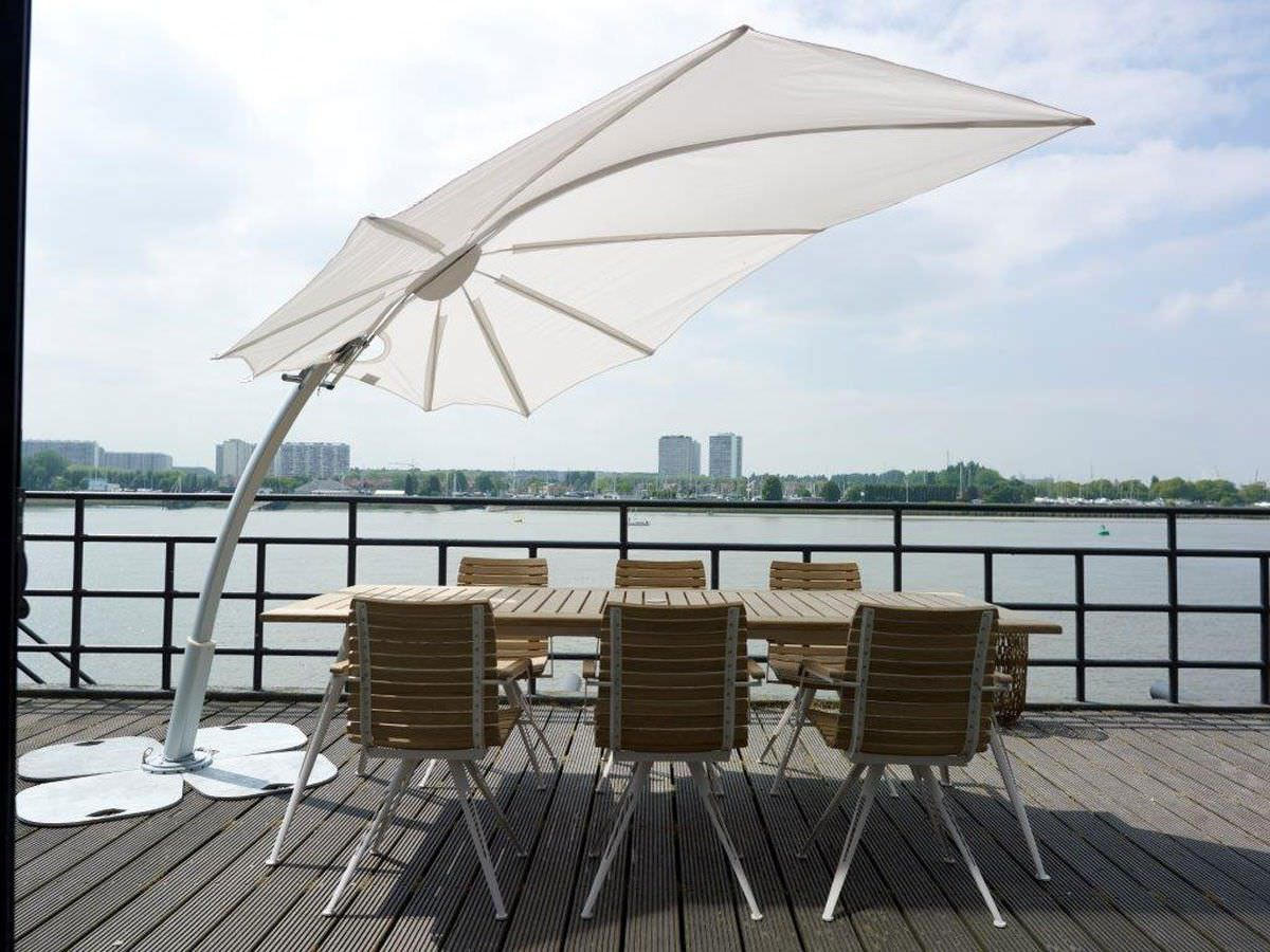 Bloom 360 Modern Luxury Umbrella