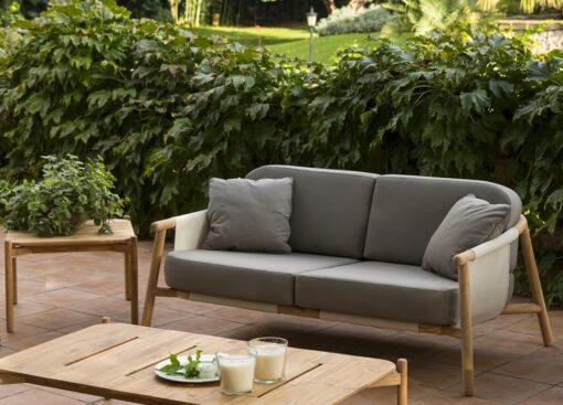 Hamptons 2 Seater Sofa 3