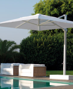 Eve 360˚ Cantilever Umbrella