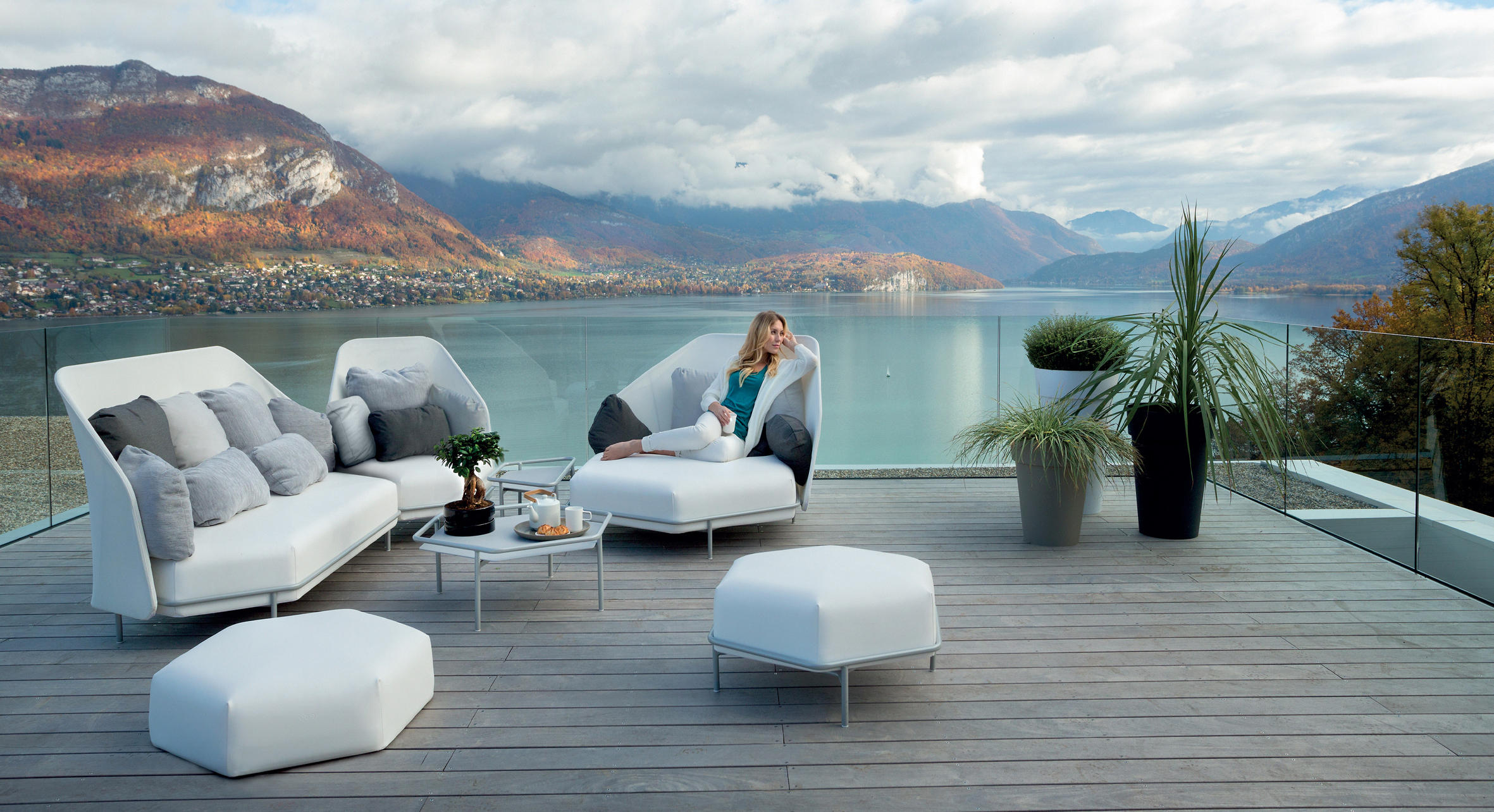 Hive High Back Sectional Modular Sofa - Couture Outdoor