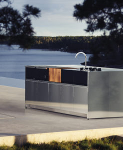 Modern luxury custom outdoor kitchen island