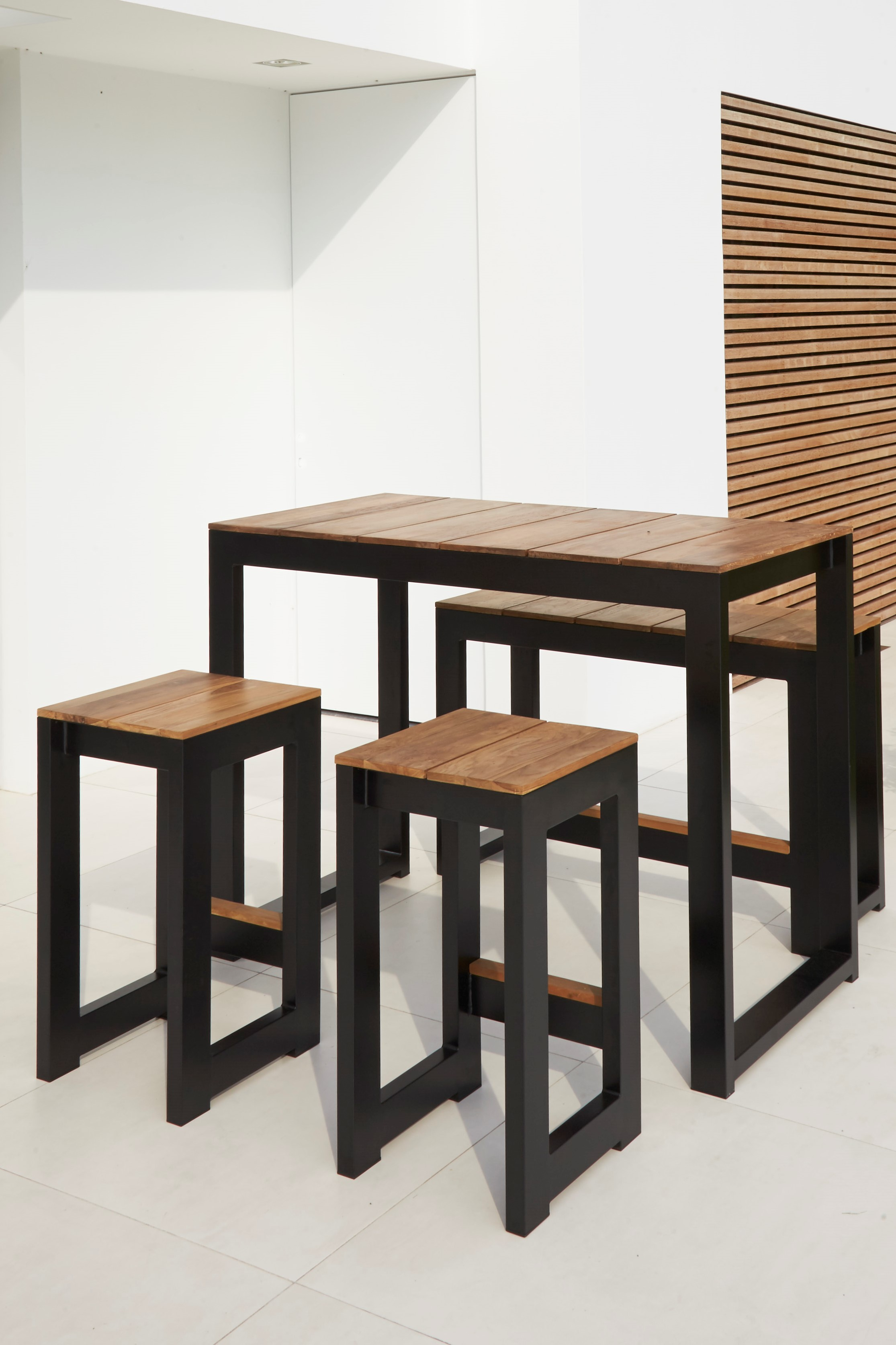 Modern White Black Aluminum Teak Bar Stools Table Contract