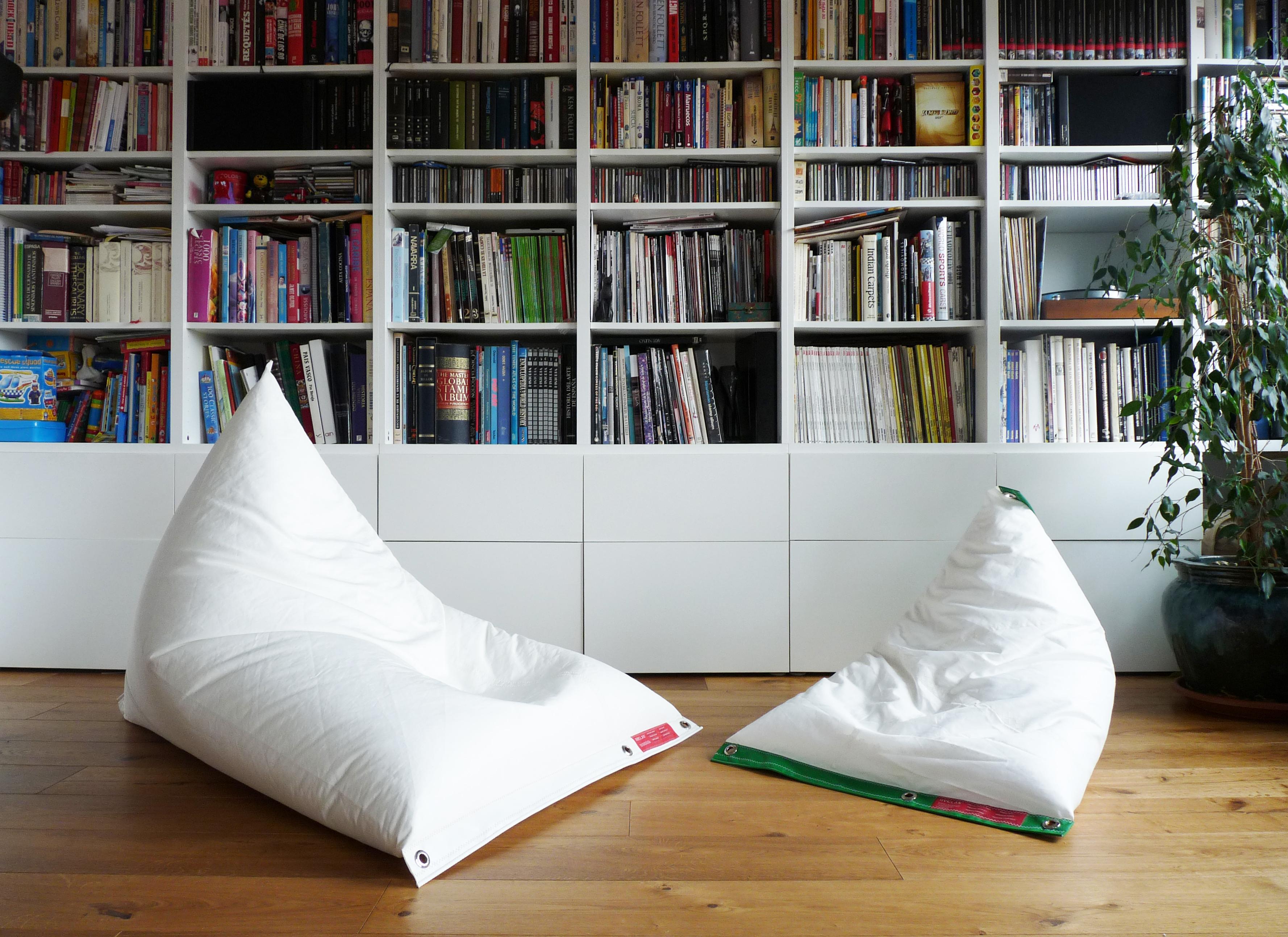 Fantastic Dvelas Genois Floating Bean Bag Unemploymentrelief Wooden Chair Designs For Living Room Unemploymentrelieforg