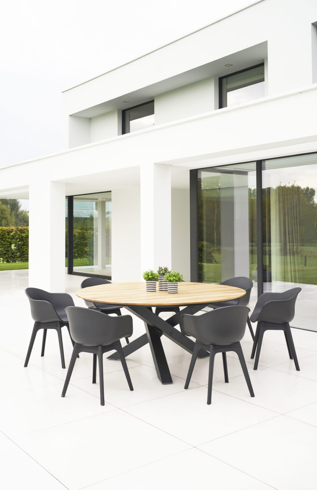 Modern Aluminum Teak Round Geo Dining Table Farm House