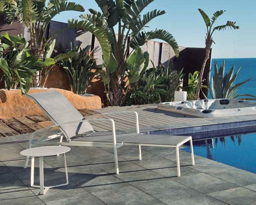 August Lounger Chaise Extendable Chair Contract White Gray 2