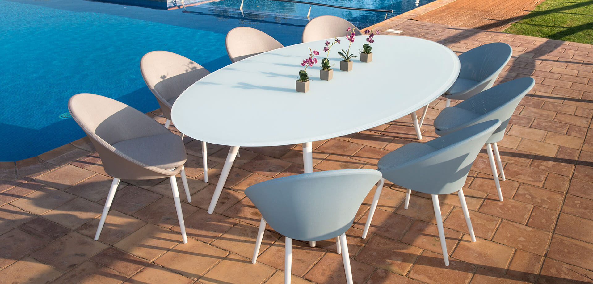 Divine Dining Chair Table Sofa Rope Textilene Spa All Weather Aluminum  Contract Hospitality Commercial Pool Furniture