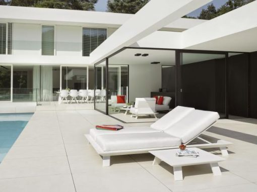 Dream chaise white black round modern outdoor duo chaise lounge daybed contract hospitality hotel restuarant beach club house miami fl hamptons ny los angeles ca