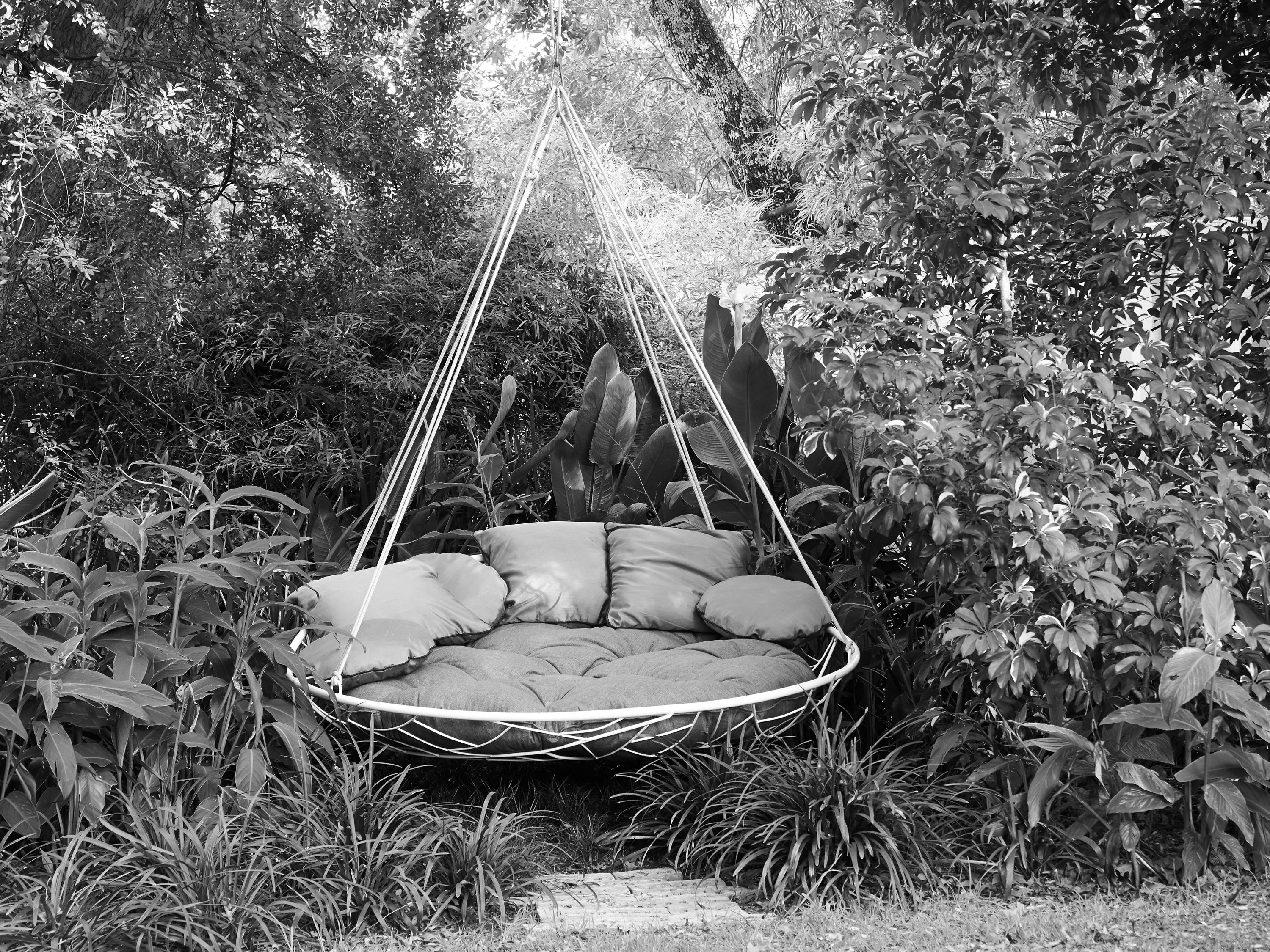 Saucer Swing Sway Couture Outdoor