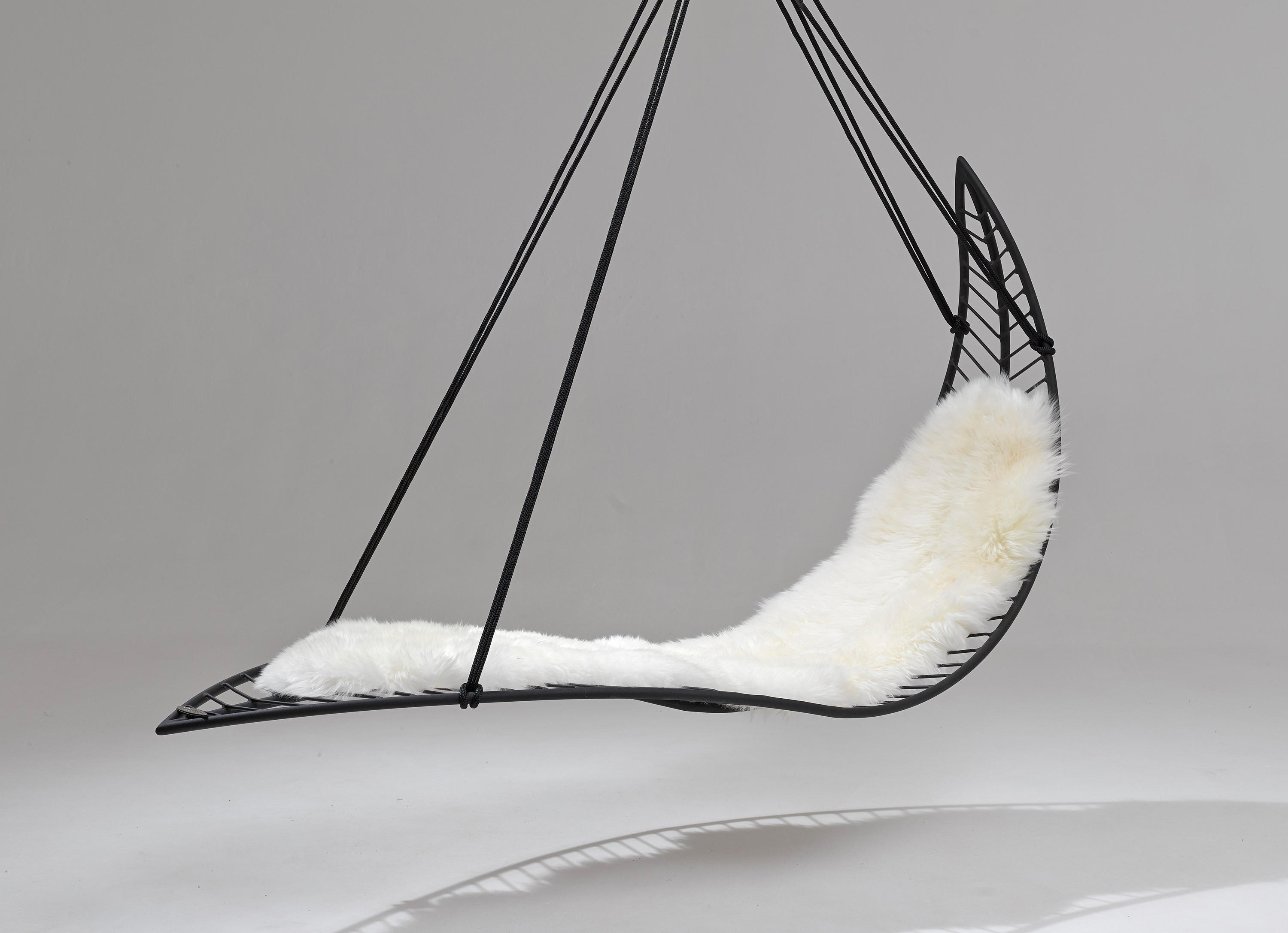 Awe Inspiring Earth Modern Hanging Swing Chair Couture Outdoor Ocoug Best Dining Table And Chair Ideas Images Ocougorg