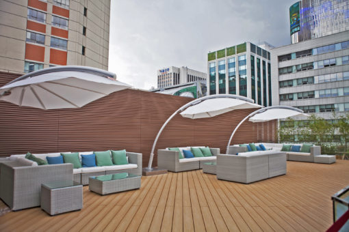 Luxury 360 Rotation Umbrella Modern High Wind Resistence Front Ocean Residential Commercial and Hospitality Mexico CA Phoenix TX Miami Hotels
