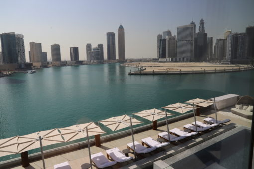 dubai modern beach umbrella 316 360 high wind beach club hotel contract hospitality