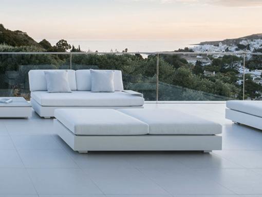 Ari 2-seater sofa luxury platform residential contract modern sunbrella outdoor furniture hamptons california high end design
